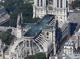Ako by mohla vyzerať strecha Notre Dame katedrály po oprave?