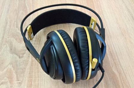 Aky je SteelSeries Siberia 200 headset?