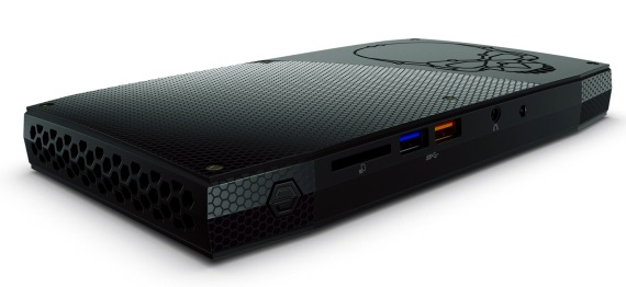 Intel predstavil Skull Canyon NUC, vykonné mini PC s podporou Razer Core