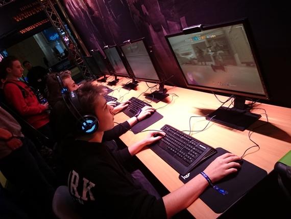Intel Extreme Masters turnaj už dostáva finalistov